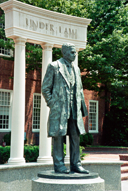 [color photograph of Thurgood Marshall statue]