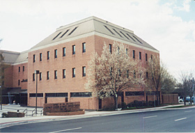 [color photograph of District Court building]